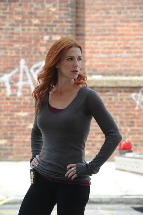 Wird sie den Mörder von Peter Forrest finden? Carrie (Poppy Montgomery) ... - Bildquelle: 2011 CBS Broadcasting Inc. All Rights Reserved.