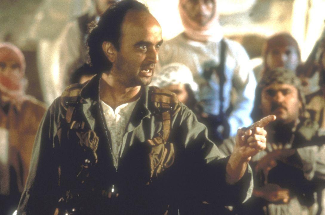Der arabische Top-Terrorist Aziz (Art Malik) plant, eine Atombombe auf einer Insel bei den Keys explodieren zu lassen ... - Bildquelle: 20th Century Fox Film Corporation