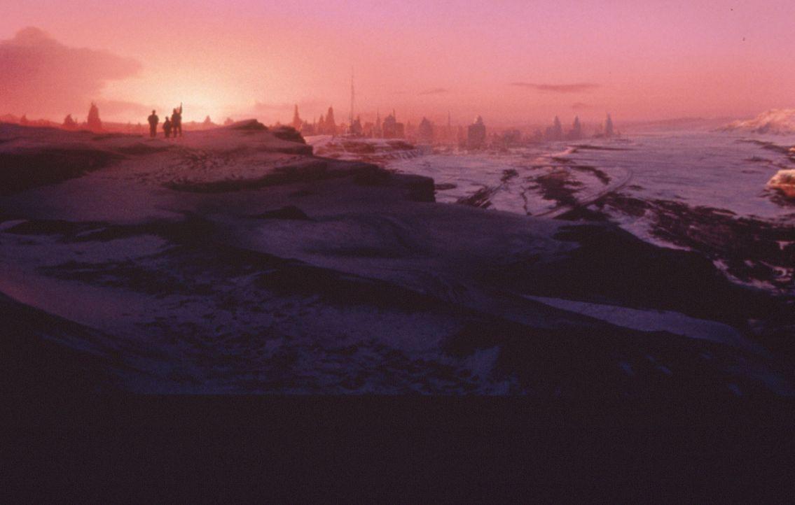 Anno 2078: Der Krieg zwischen einem Energiekonzern und rebellierenden Bergarbeitern hat Planet Sirius 6 B in eine eisige Wüste verwandelt ... - Bildquelle: Columbia TriStar