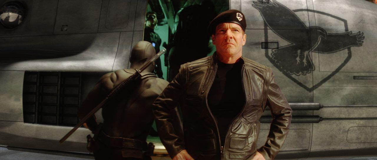 Von der ägyptischen Wüste bis unter die polaren Eiskappen ist das Eliteteam der G.I. Joe unter Leitung von General Hawk (Dennis Quaid) unterwegs. Da... - Bildquelle: 2009 Paramount Pictures Corporation. All Rights Reserved.