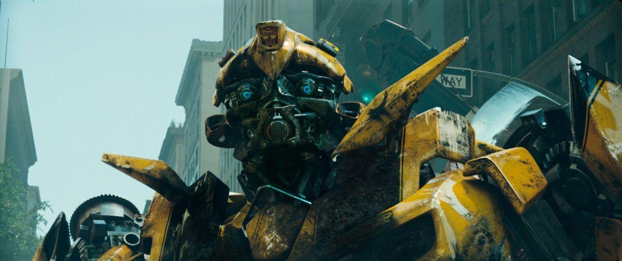 Die Autobots und Decepticons sind auf der Suche nach einem geheimnisvollen Würfel, der den entscheidenden Ausschlag im endgültigen Kampf Gut gegen B... - Bildquelle: 2008 DREAMWORKS LLC AND PARAMOUNT PICTURES CORPORATION. ALL RIGHTS RESERVED.
