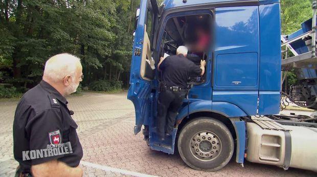 Achtung Kontrolle - Achtung Kontrolle! - Montag: Uneinsichtiger Lkw-fahrer - Polizei Goslar