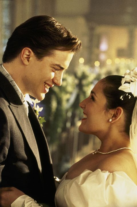 "Ende gut, alles gut: Bill (Brendan Fraser, l.) heiratet Connie (Ricki Lake, r.), die nun doch noch eine ""echte"" Winterbourne wird. - Bildquelle: Sony Pictures Television International"