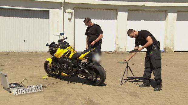 Achtung Kontrolle - Achtung Kontrolle! - Thema U.a: Diskussionsbedarf Bei Den Motorradcops