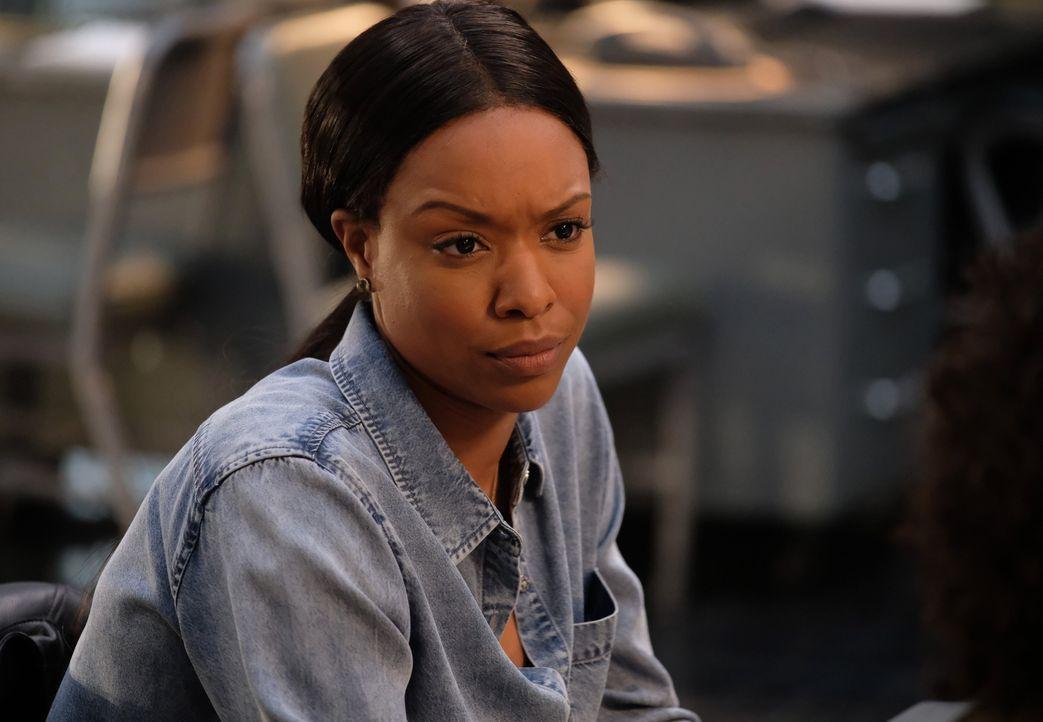 Wie weit geht Detective Bailey (Michelle Mitchenor), um ihre Familie zu schützen? - Bildquelle: Warner Brothers
