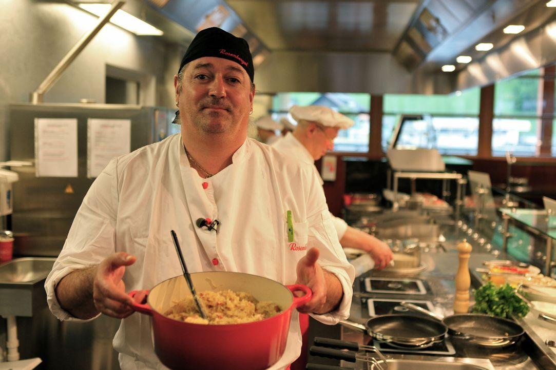 Der modernste und höchste Rastplatz Europas: Küchenchef Gerhard Schefferauer hat hier alle Hände voll zu tun. - Bildquelle: kabel eins