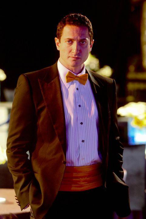 Hat der Moderator Bobby Stark (Sasha Roiz, r.) etwas mit dem Mord an Amber Middleberry zu tun? - Bildquelle: ABC Studios