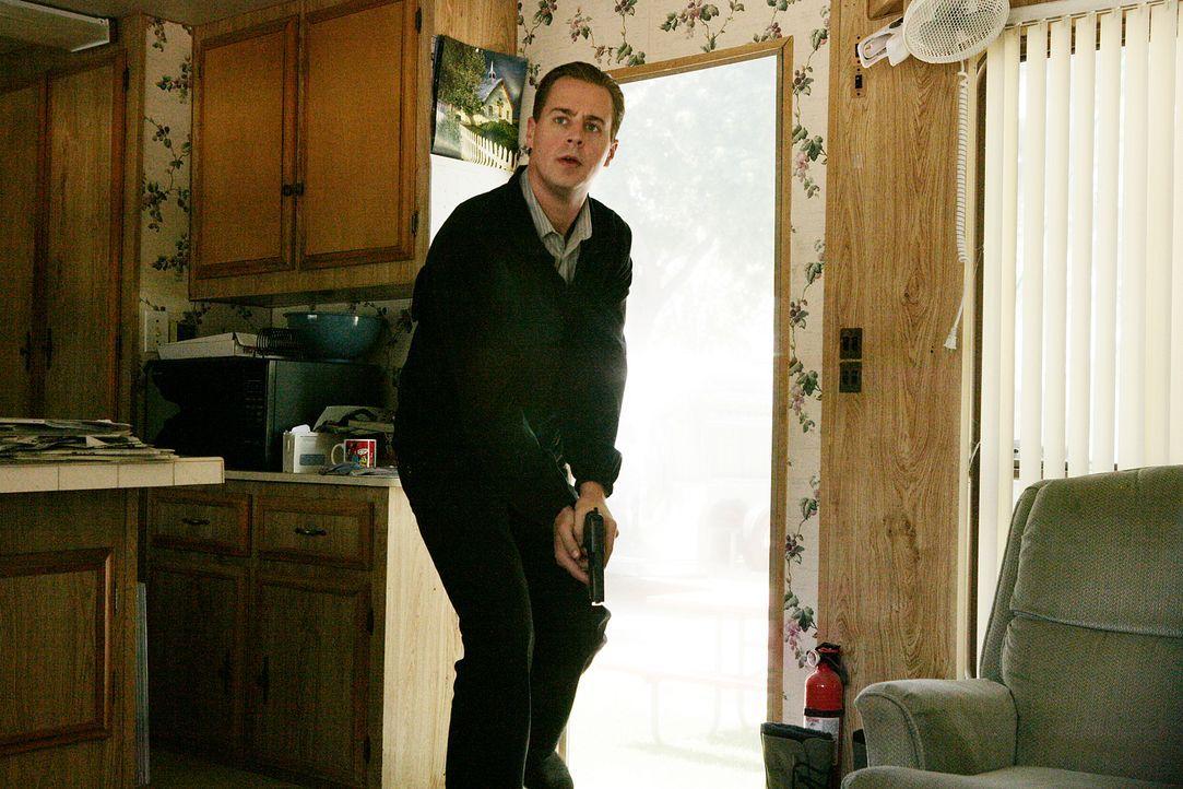 Jimmy wird von einem Unbekannten gejagt, der ihn töten möchte. Nun ist er auf die Unterstützung von Gibbs, McGee (Sean Murray) und dem restlichen Te... - Bildquelle: CBS Television