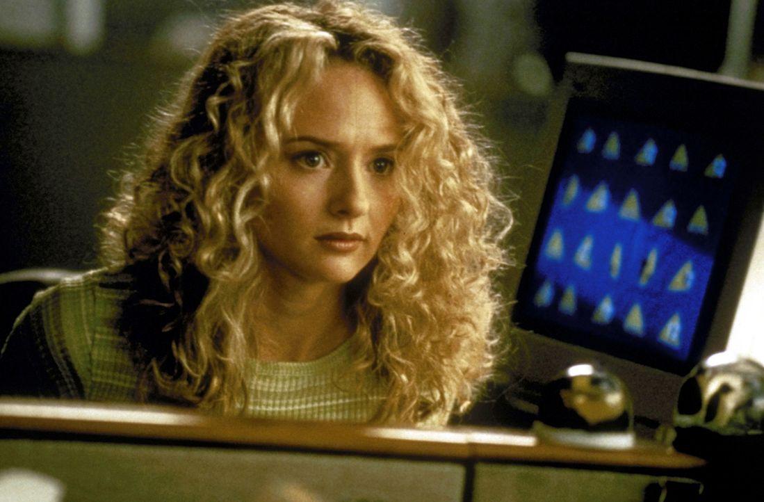 Weil Audrey Timmonds (Maria Pitillo) unbedingt Reporterin werden will, plant sie, die Godzilla-Story zu ihrem Vorteil auszunutzen ... - Bildquelle: 1998 TriStar Pictures, Inc. All Rights Reserved.