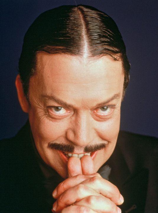Seine Familie liegt Gomez Addams (Tim Curry) sehr am Herzen. Als seine Großeltern an Waltzheimer erkranken und mit Fortschreiten des Leidens zunehm... - Bildquelle: 2002 ABC, INC.
