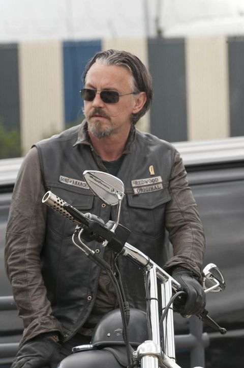 Wird Chibs (Tommy Flanagan) auch hinter Jax' drastischer Entscheidung stehen? - Bildquelle: 2011 Twentieth Century Fox Film Corporation and Bluebush Productions, LLC. All rights reserved.