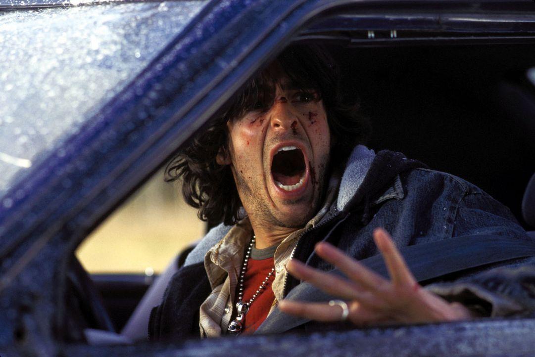 Noch ahnt Rory (Jonathan Cherry) nicht, dass er einen hohen Preis zahlen wird, dem Tod zunächst von der Schippe gesprungen zu sein ? - Bildquelle: Warner Bros. Television