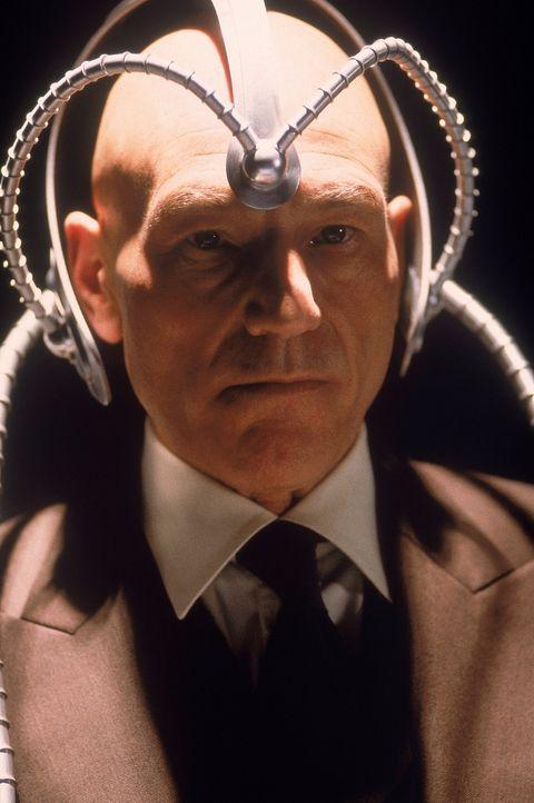 Hilft den Mutanten, ihre Kräfte zum Wohl der Menschheit einzusetzen: Professor Charles Xavier (Patrick Stewart). - Bildquelle: 2000 Twentieth Century Fox Film Corporation. All rights reserved.