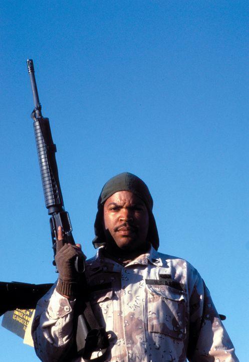 Während des Golfkrieges entdecken Chief (Ice Cube) und drei weitere US-Soldaten eine Landkarte, die sie zu Saddams geraubtem Goldschatz führen sol... - Bildquelle: Warner Bros. Pictures