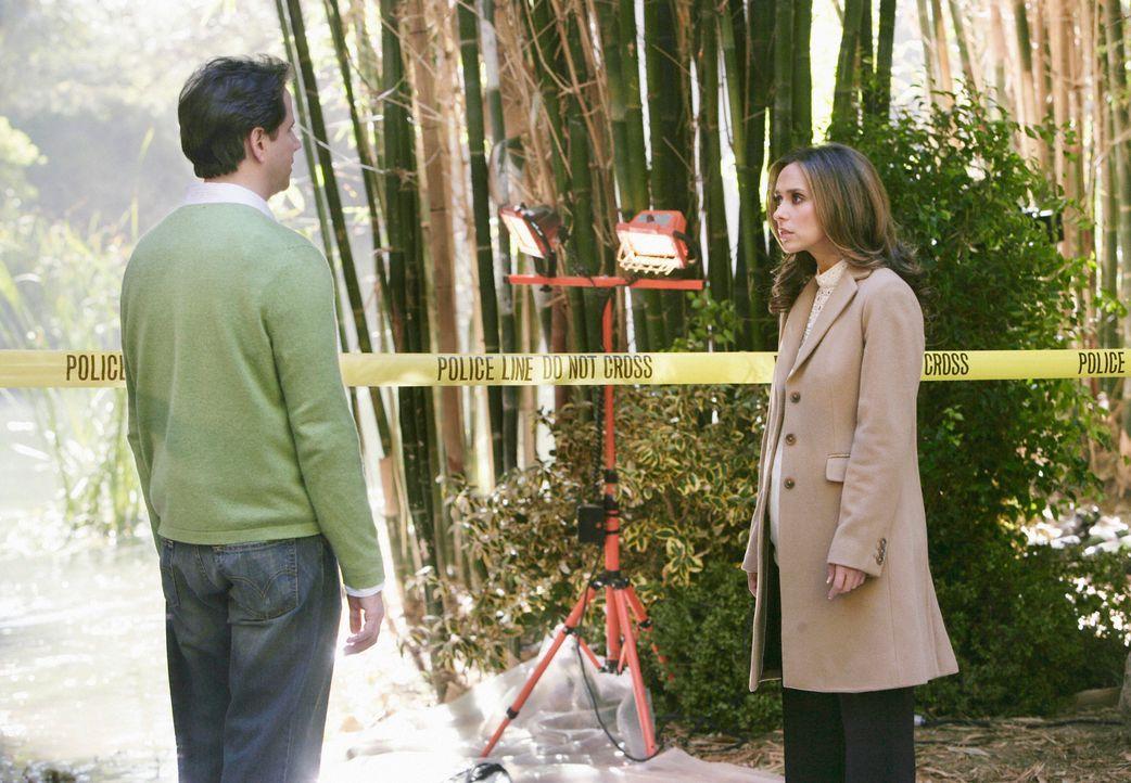 Wollen den Seelen helfen, ins Licht zu gehen: Eli (Jamie Kennedy, l.) und Melinda (Jennifer Love Hewitt, r.) ... - Bildquelle: ABC Studios
