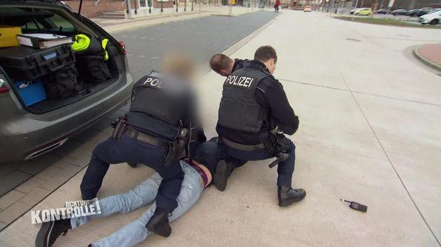 Achtung Kontrolle - Achtung Kontrolle! - Thema U.a: Bundespolizei Verhaftet Flüchtigen Drogenhändler