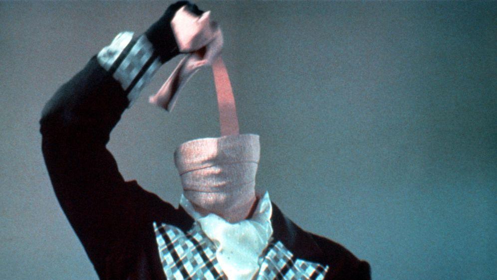 Jagd auf einen Unsichtbaren - Bildquelle: Warner Bros.