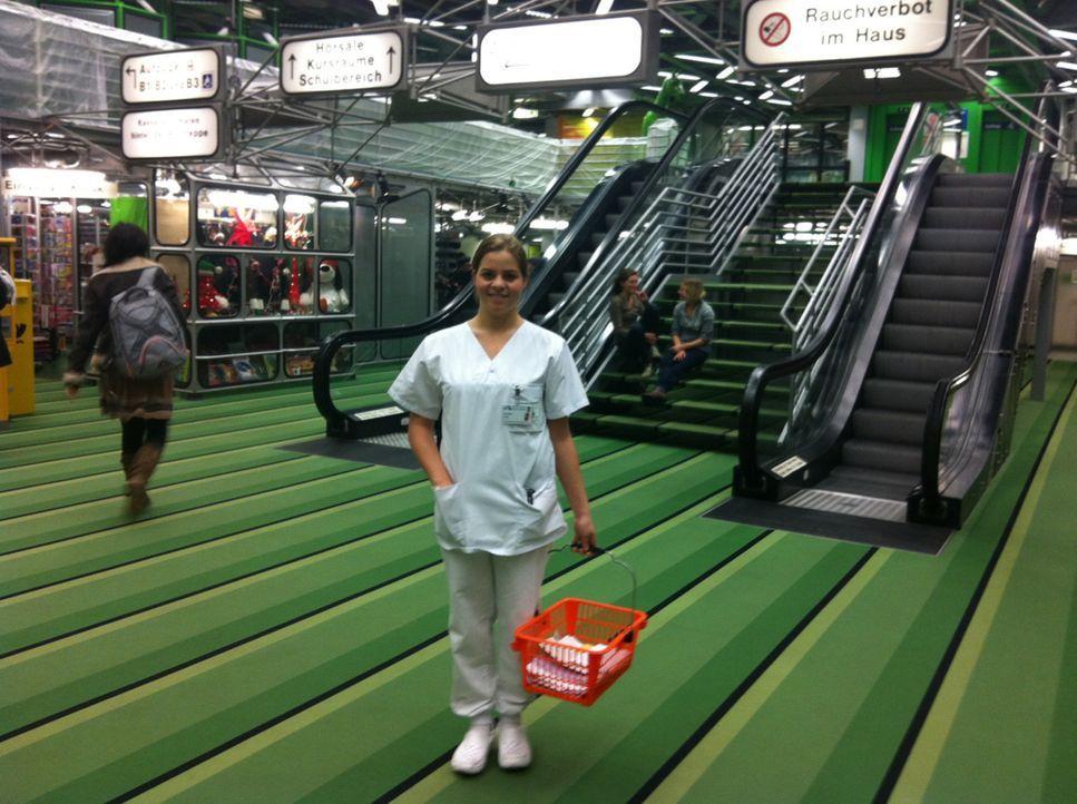 5.500 Mitarbeiter, 6.000 Räume und 270.000 Patienten im Jahr - große Zahlen für das größte Krankenhausgebäude Europas: das Uniklinikum Aachen. - Bildquelle: kabel eins
