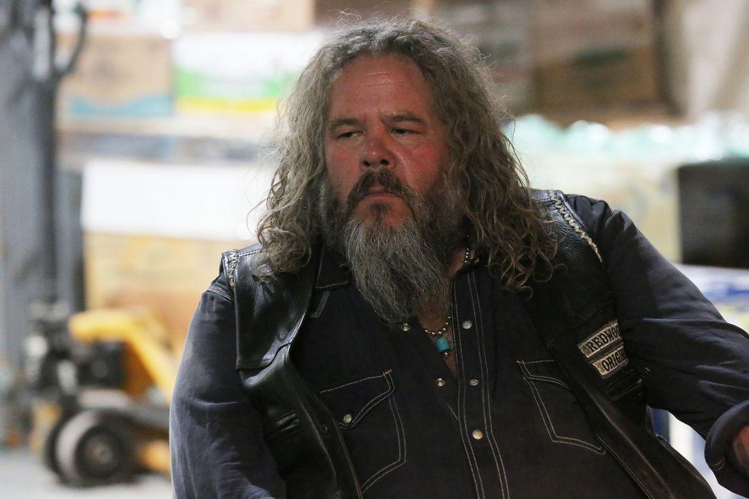 Jetzt da Juice gefunden wurde, kommt endlich ein wenig Wahrheit in die Umtriebigkeiten der Sons: Bobby (Mark Boone) ist gespannt ... - Bildquelle: Prashant Gupta 2013 Twentieth Century Fox Film Corporation and Bluebush Productions, LLC. All rights reserved.
