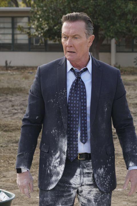 Cabe (Robert Patrick) und das Scorpion Team versuchen, den Trickwasserspeicher von Los Angeles zu retten, als ein riesiges Loch in der Erde droht, e... - Bildquelle: Monty Brinton 2016 CBS Broadcasting, Inc. All Rights Reserved. / Monty Brinton