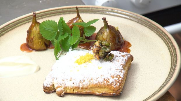 Essen & Trinken - Blätterteigpäckchen mit Grießfüllung und karamellisierten Feigen