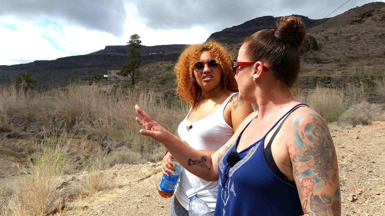 Wovon andere noch träumen, hat Jokos (l.) Mutter Anja (r.) bereits in die Tat umgesetzt: Sie hat ihr eigenes Tattoo-Studio auf Gran Canaria eröffnet... - Bildquelle: kabel eins