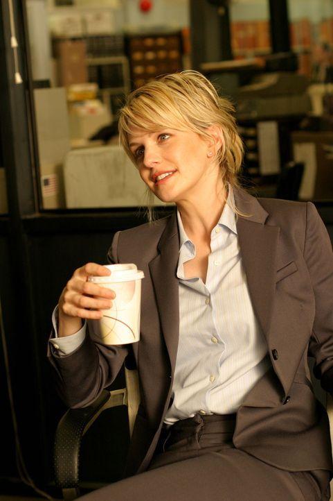 Ein ungeklärter Mordfall aus dem Jahre 1990 beschäftigt Det. Lilly Rush (Kathryn Morris). - Bildquelle: Warner Bros. Television