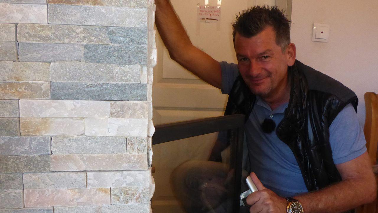 """Bei """"Mein Mann macht das!"""" lässt Heimwerker-Experte Mark Kühler wöchentlich handwerklich begabte Ehemänner gegeneinander antreten ... - Bildquelle: kabel eins"""