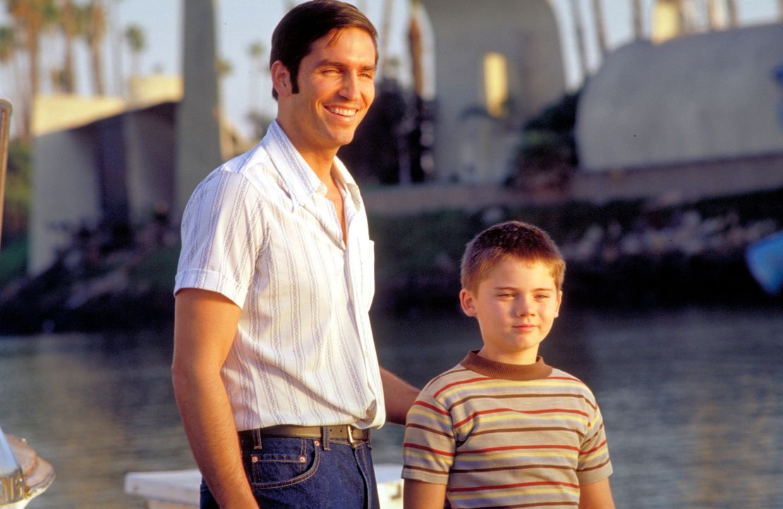 Das Gold Cup Gleitboot-Rennen ist Jim (James Caviezel, l.) und Mike McCormicks (Jake Lloyd, r.) Chance, es endlich ins Buch der Rekorde zu schaffen. - Bildquelle: Metro-Goldwyn-Mayer Studios Inc. All Rights Reserved.