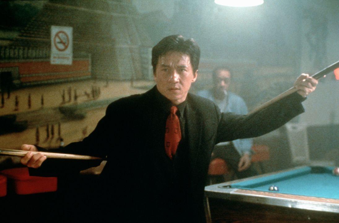Im Einsatz gegen das organisierte Verbrechen vertraut Inspektor Lee (Jackie Chan) völlig auf seine asiatische Kampftechnik ... - Bildquelle: New Line Cinema