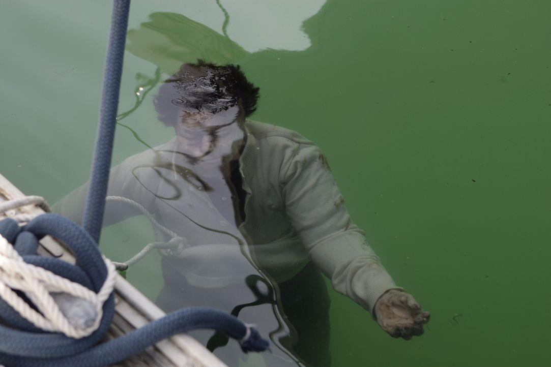 Das CBI-Team um Patrick Jane und Teresa Lisbon muss einen neuen Mordfall aufklären ... - Bildquelle: Warner Bros. Television
