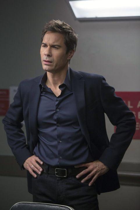 Hat Dr. Andrew Devlin (Eric McCormack) wirklich seine Ex-Frau umgebracht? Laura und ihre Kollegen versuchen alles, um dies herauszufinden ... - Bildquelle: Warner Bros. Entertainment, Inc.