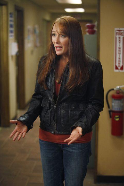 Auch nach ihrem Tod sorgt sich Anna Paul (Jennifer Ehle) um ihre Patienten, weshalb ihr Geist immer wieder in der Klinik auftaucht ... - Bildquelle: 2011 CBS BROADCASTING INC. ALL RIGHTS RESERVED