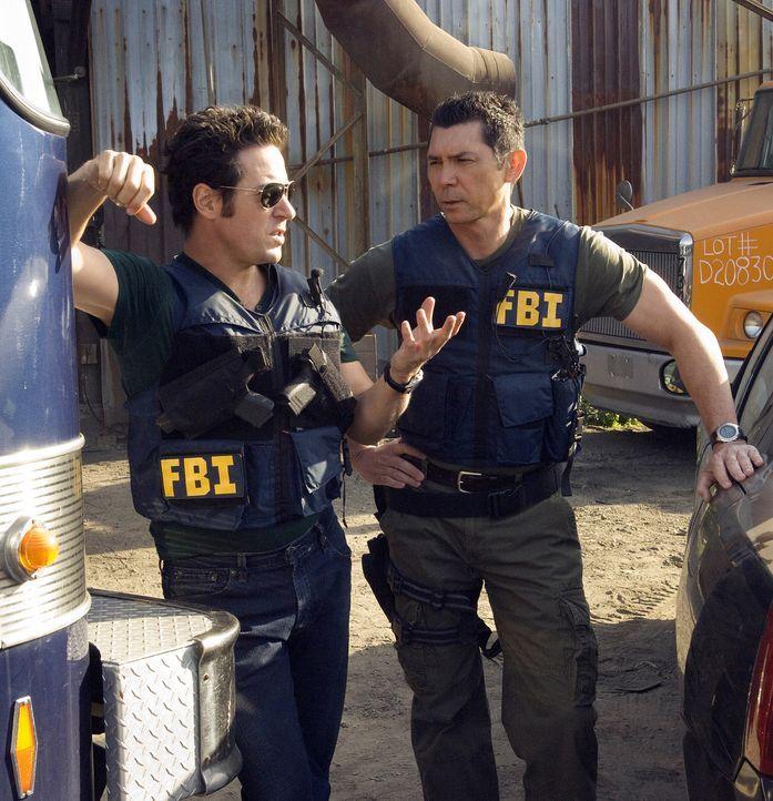 """Amita wird von dem fanatischen Verbrecher Mason Duryea entführt. Er und sein """"Stamm"""", der nur aus Mädchen in zartem Alter besteht, planen mit Amitas... - Bildquelle: Paramount Network Television"""