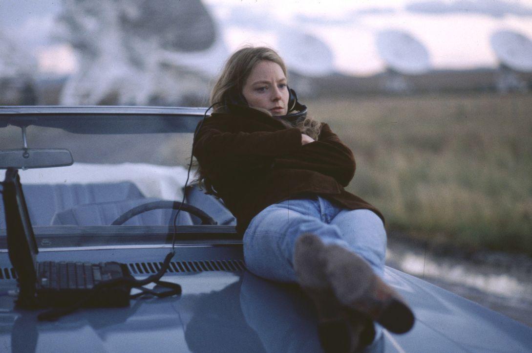 Seit ihrer Kindheit ist die Astronomin Elli Arroway (Jodie Foster) von der Möglichkeit eines Kontakts mit außerirdischen Intelligenzen fasziniert.... - Bildquelle: Warner Bros. Pictures