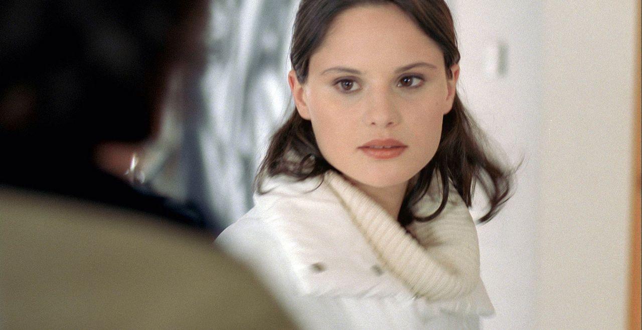 Zu allem Unglück verliebt sich Gaspard auch noch in Joshs Freundin Ethel (Juliette Goudot) ... - Bildquelle: Canal+