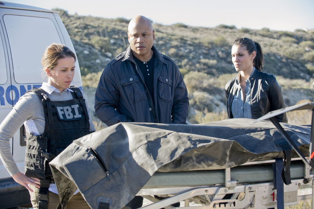 Drei FBI-Agenten sind nach der erfolgreichen Durchführung einer Undercover-Mission ums Leben gekommen. FBI Agent Allison Conway (Christina Cox, l.),... - Bildquelle: CBS Studios Inc. All Rights Reserved.