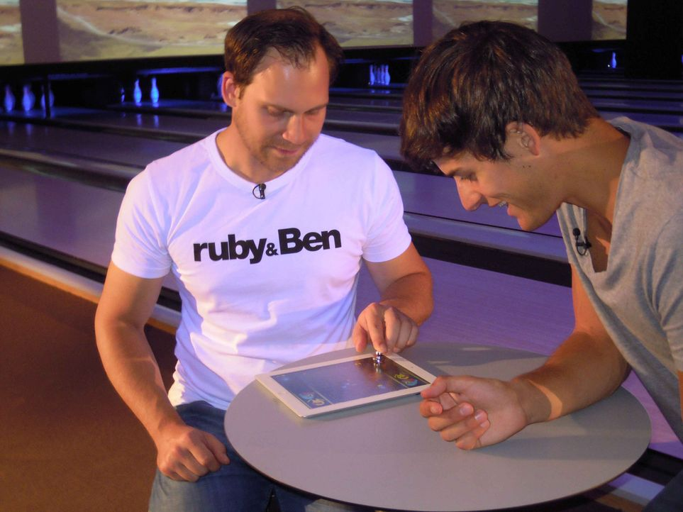 Wie aus dem Handy ein Golfschläger wird oder sich der Tablet-PC in eine Retro-Spielekonsole verwandelt, das zeigen wir im Check der neuesten angesa... - Bildquelle: kabel eins