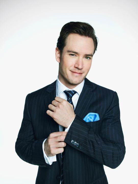 (1. Staffel) - Liebt es, sich, wo immer möglich, gegen Autoritäten aufzulehnen: Anwalt Peter Bash (Mark-Paul Gosselaar) ... - Bildquelle: 2011 Sony Pictures Television Inc. All Rights Reserved.