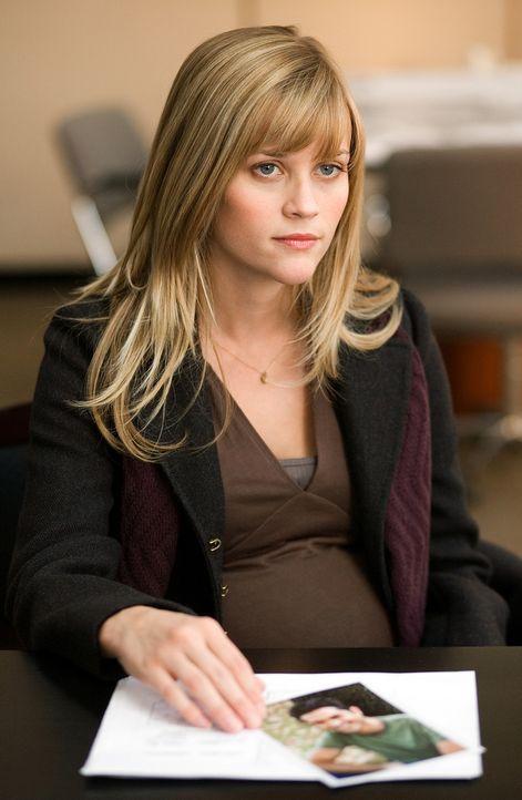 Als ihr Mann spurlos verschwindet, ist Isabella Fields El-Ibrahi (Reese Witherspoon) völlig machtlos ... - Bildquelle: Warner Brothers
