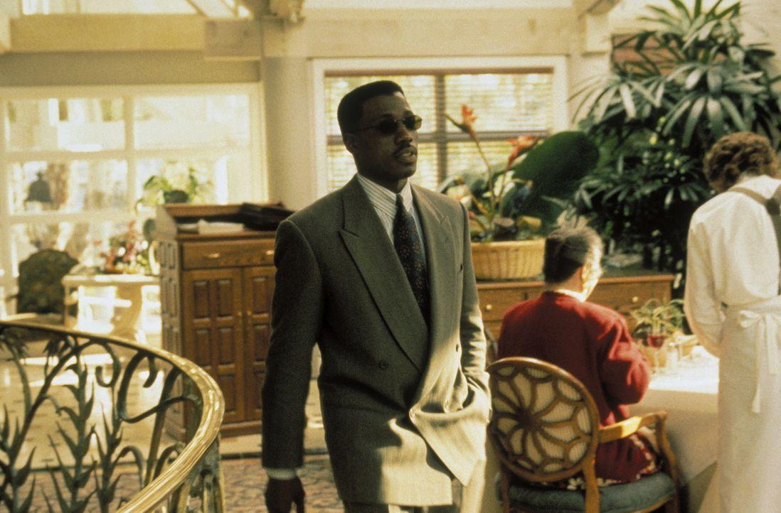 Als der Sonderagent und Terrorexperte John Cutter (Wesley Snipes) nach Los Angeles fliegt, um seinen neuen Job als Security-Chef einer Fluglinie anz... - Bildquelle: Warner Bros.