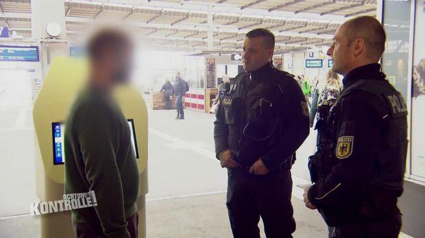 Achtung Kontrolle - Achtung Kontrolle! - Thema U.a.: Bundespolizei Kontrolliert Verdächtigen Am Hauptbahnhof Chemnitz
