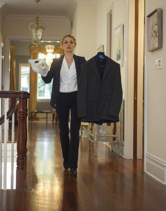 Lizzie (Bojana Novakovic) steckt mitten in den Ermittlungen einer fast ermordeten Autorin. Doch auch privat bringt sie einiges in Erfahrung ... - Bildquelle: Jeff Neira 2017 CBS BROADCASTING INC. ALL RIGHTS RESERVED. / Jeff Neira