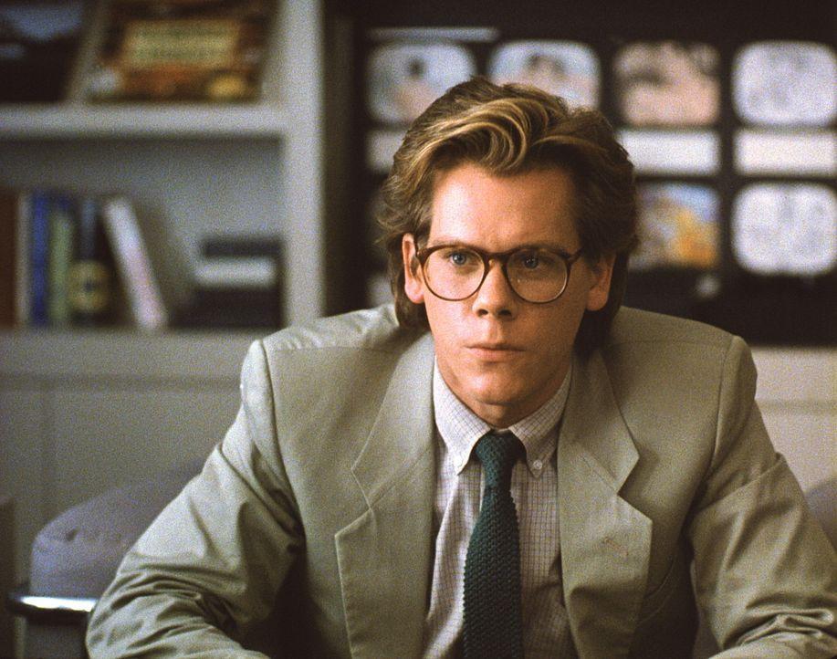 Kaum verheiratet muss Jake (Kevin Bacon) seinen Traum vom Schriftstellerdasein begraben, um Geld für die erhoffte Kleinfamilie zu verdienen ... - Bildquelle: Paramount Pictures