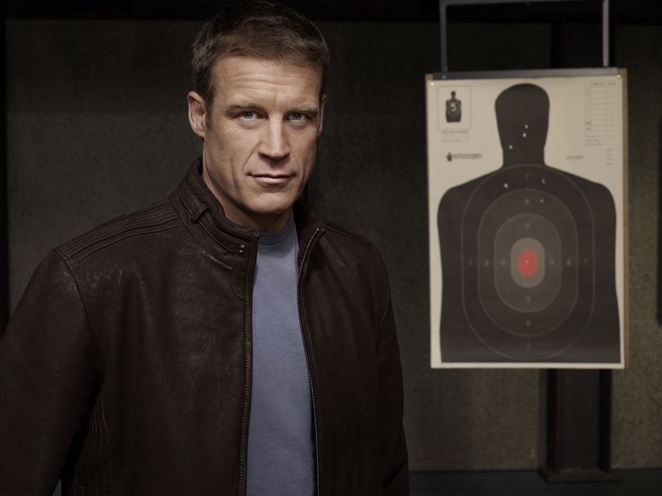 (1. Staffel) - Mit jeder neuen Gefahr kommt mehr von seiner dunklen Vergangenheit zu Tage: Christopher Chance (Mark Valley) ... - Bildquelle: Warner Brothers