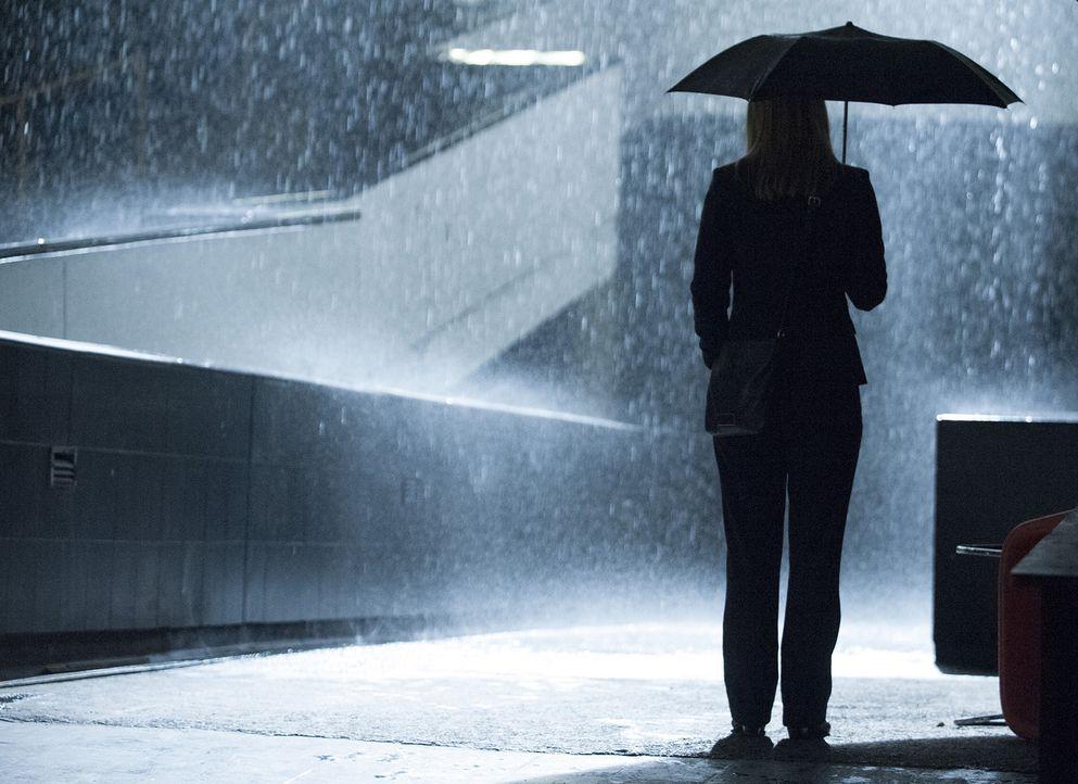 Kann sie Saul retten oder steht ihm der sichere Tod bevor? Carrie (Claire Danes) ... - Bildquelle: Homeland   2014 Twentieth Century Fox Film Corporation