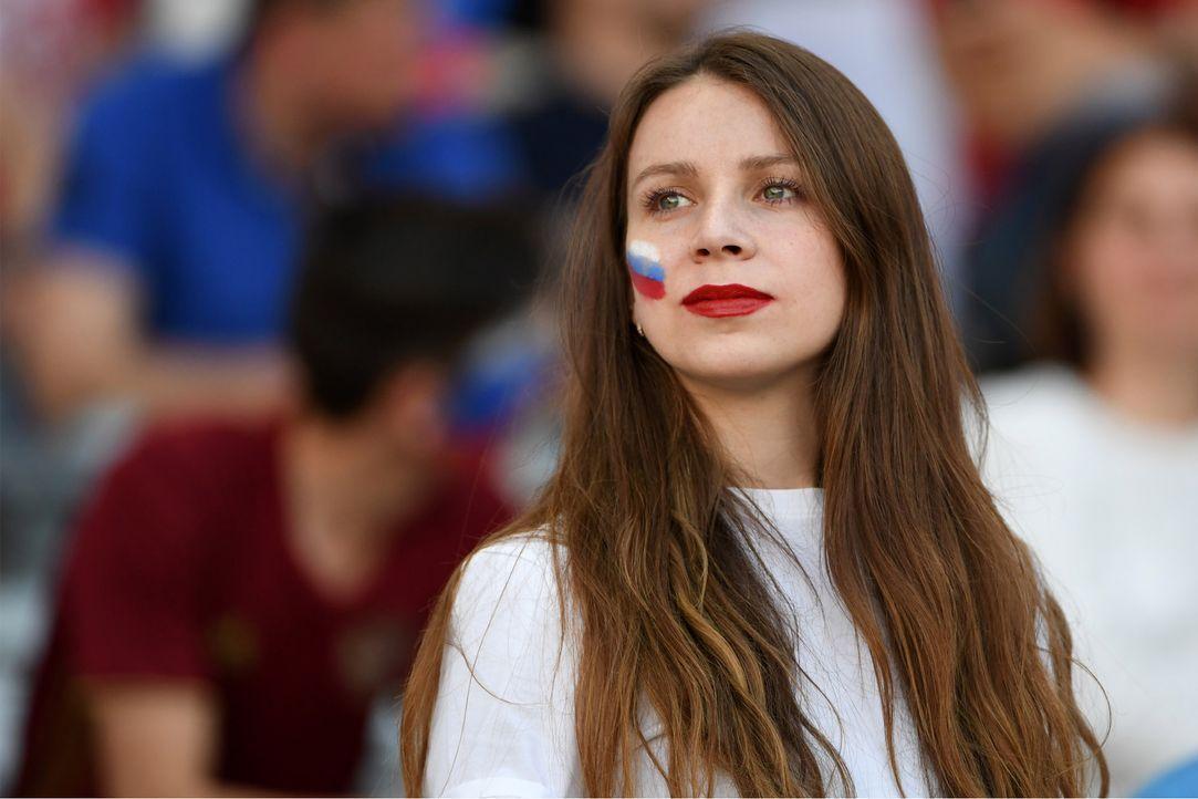 Russian_fan_sexy__000_C56WI_PASCAL GUYOT_AFP - Bildquelle: AFP / PASCAL GUYOT