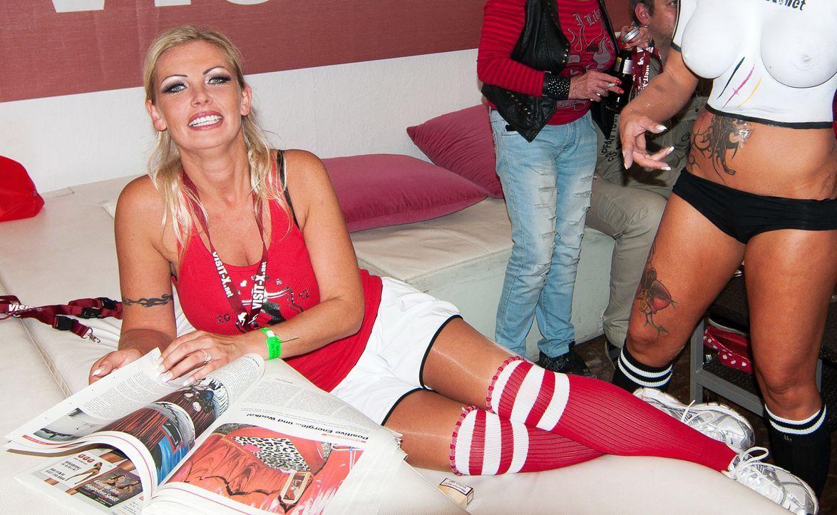 Vivian Schmitt - Bildquelle: WENN.com
