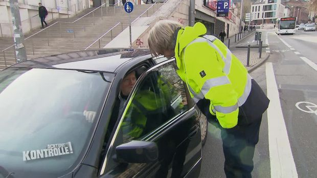 Achtung Kontrolle - Achtung Kontrolle! - Thema U.a.: Sturer Parksünder Missachtet Halteverbot