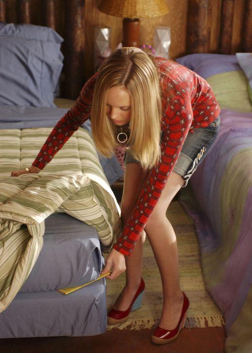Ist eine intrigante Zicke, die der begabten Mitchie das Leben schwer macht: Tess (Meaghan Jette Martin) ... - Bildquelle: 2007 DISNEY CHANNEL. All rights reserved.
